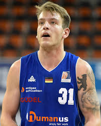 Adrian Lind